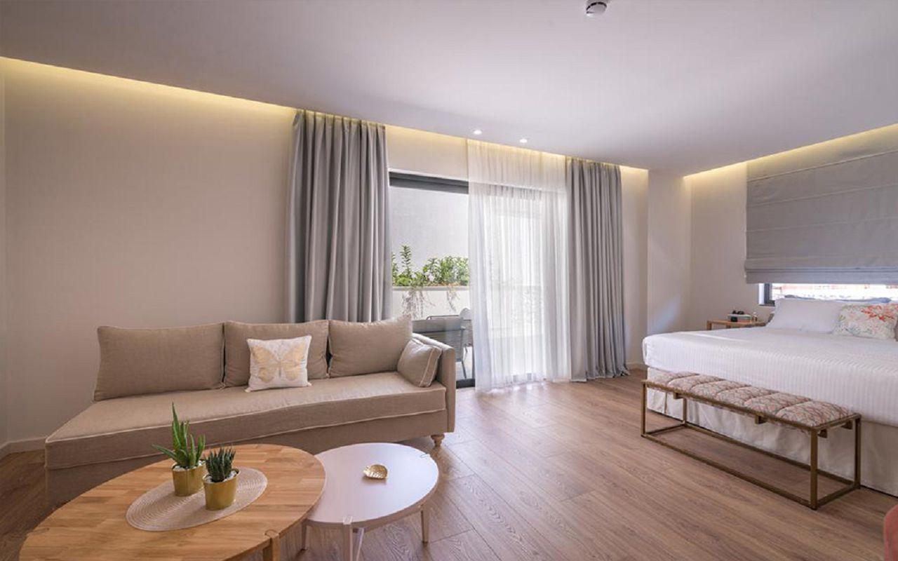 Deluxe Suite Terrace SV-2