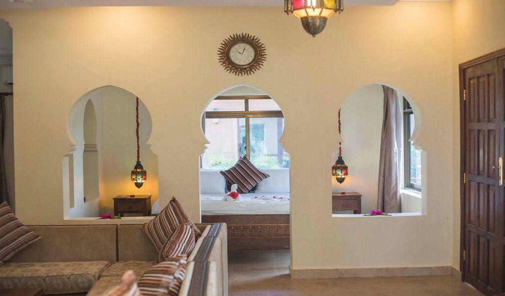 Garden suite (2)