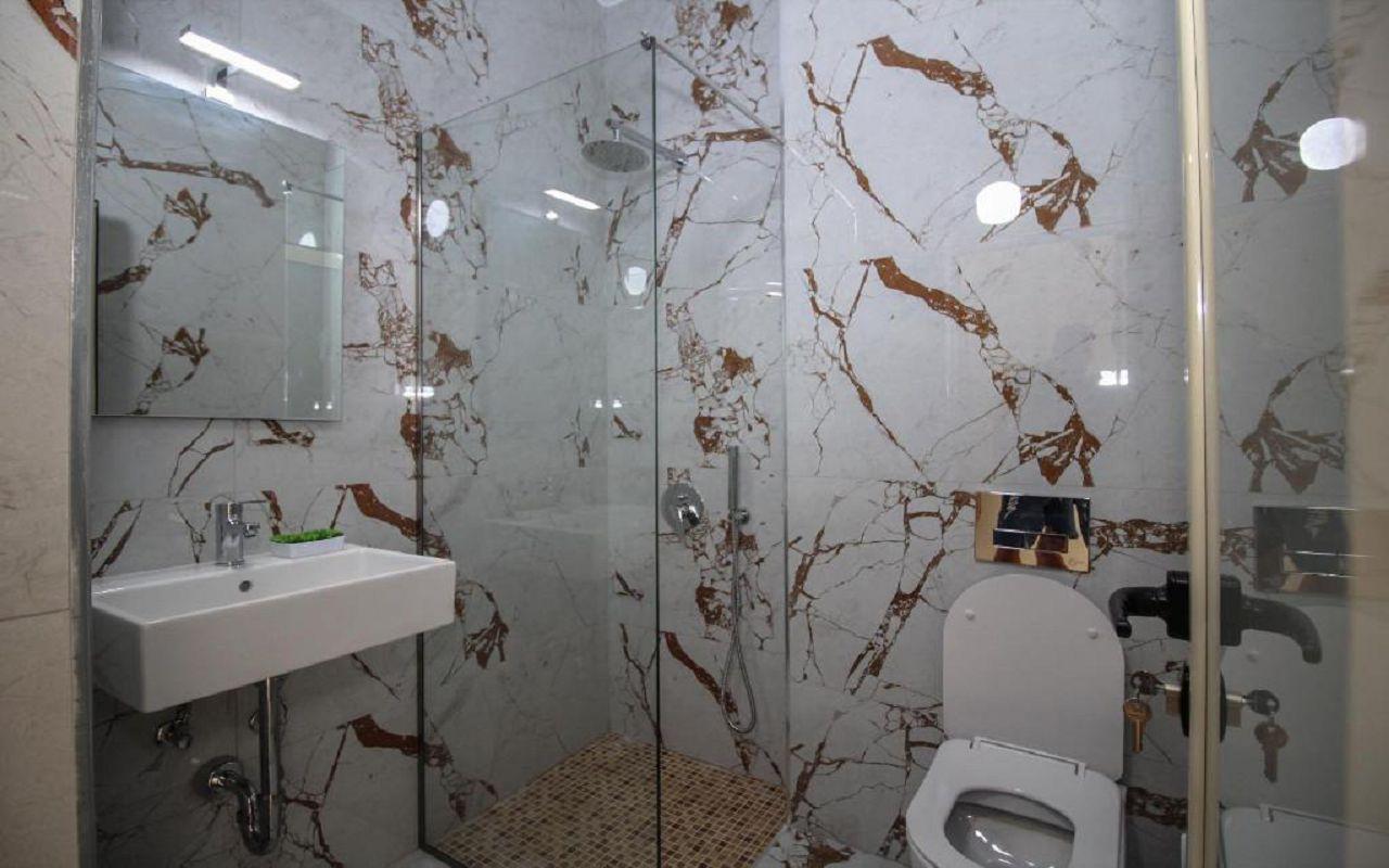 Romario Apartments - STD DBL no view (402) 3