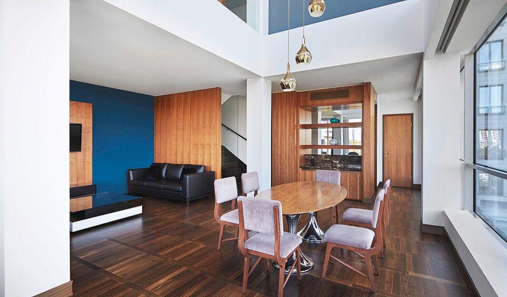 beglc-belgradesuite-livingroom-6381-hor-wide