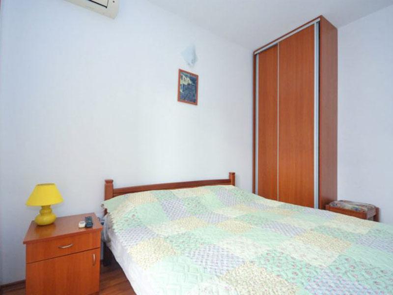 velji-vinogradi-room2-2-768x512