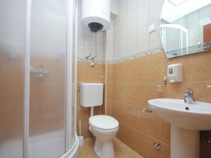velji-vinogradi-room2-3-768x512