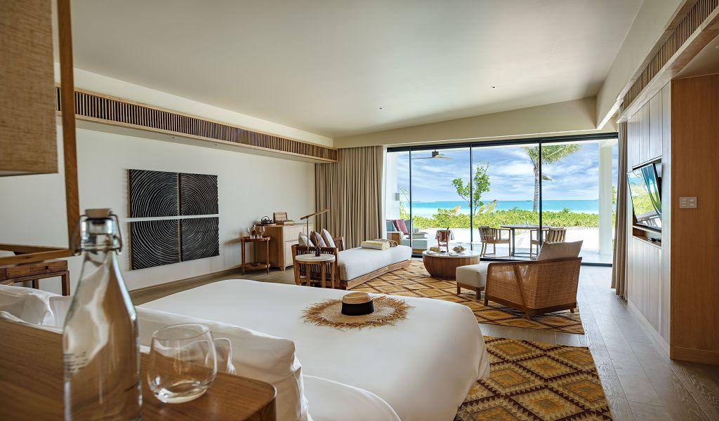 31.Beach Villa w Pool Int 1