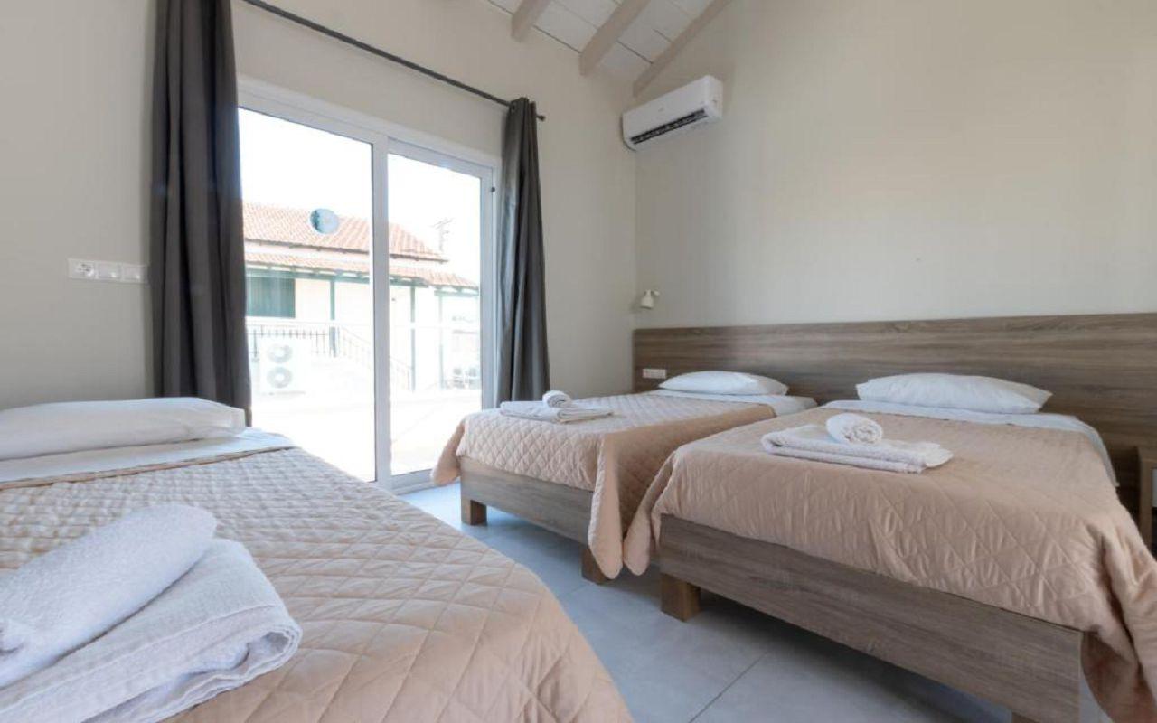 3The Barn Resort (3)