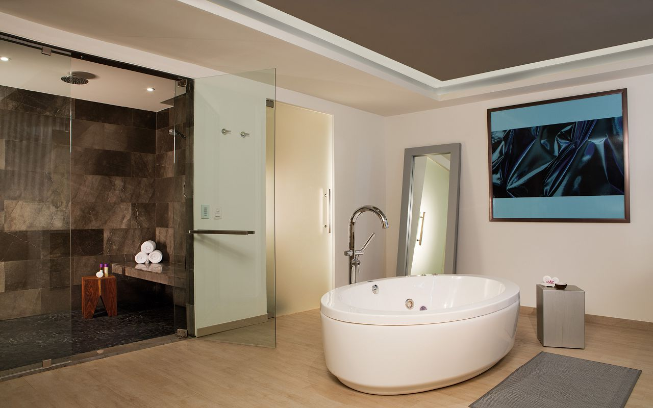 BRERC_PresidentialSt_Bathroom1_1A
