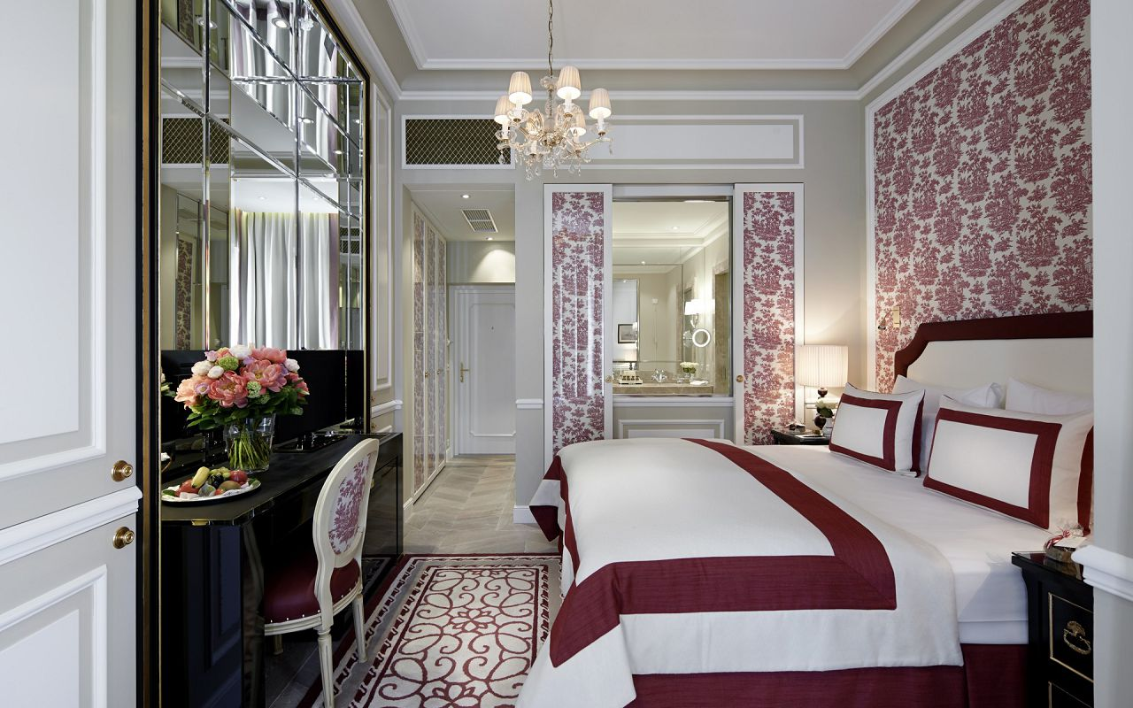 Hotel-Sacher-Salzburg-Deluxe-Room-II-©-Hotel-Sacher-1920x9999