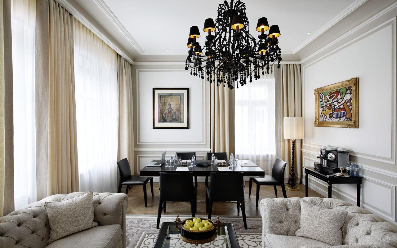 Hotel-Sacher-Salzburg-One-Bedroom-Suite-VI-small-©-Hotel-Sacher-1920x9999