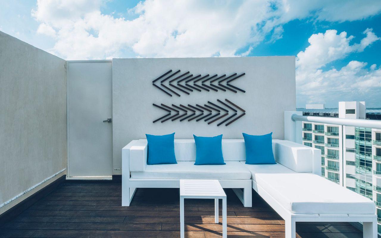 Junior Suite Ocean Front Corner Roof Top (5)