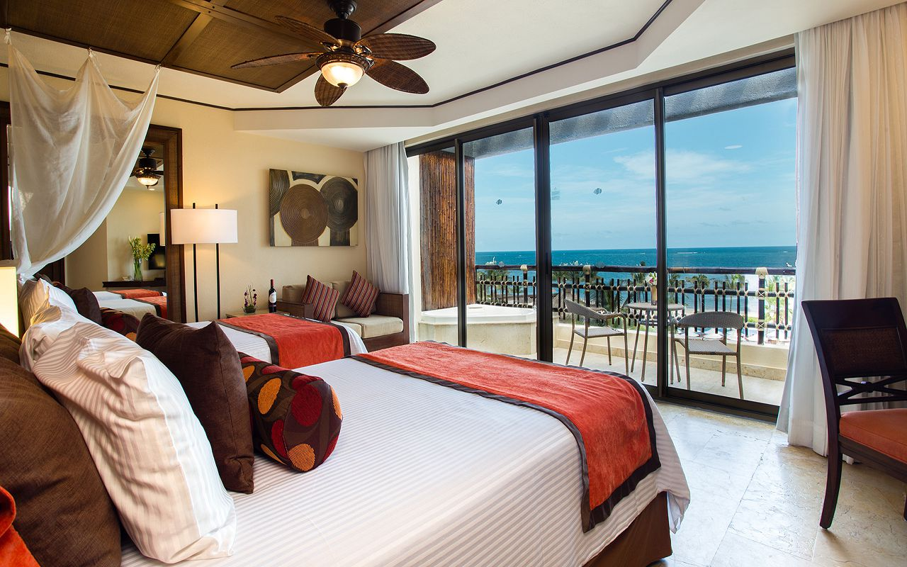 Preferred-Club-Ocean-View-Pool-Front-Double-Bedroom