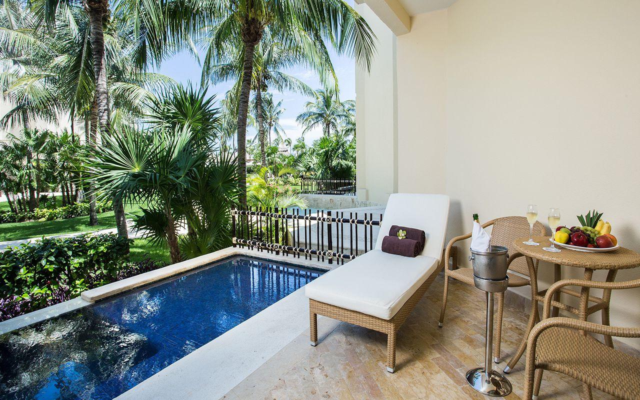 Premium-Deluxe-with-Plunge-Pool-Terrace2