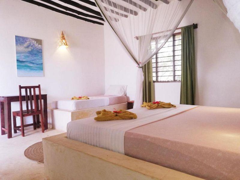 5Red Monkey Beach Lodge (16)