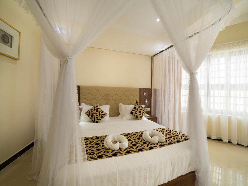 6Spice Palace Hotel (18)