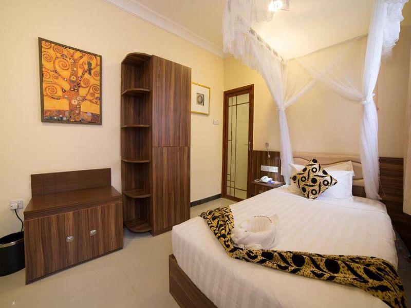 6Spice Palace Hotel (25)
