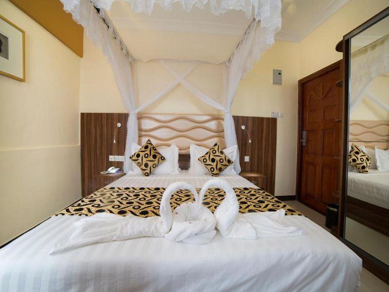 6Spice Palace Hotel (7)