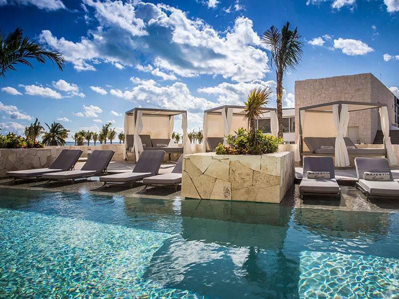 MECM_The-Club-Swimming-Pool-majestic-resorts