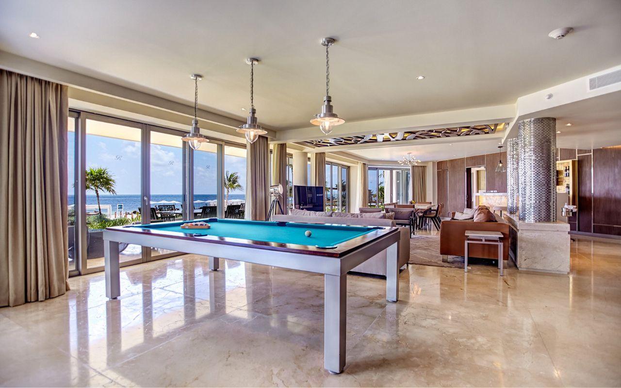 luxury_chairman_suite_swimout_420191204152513051