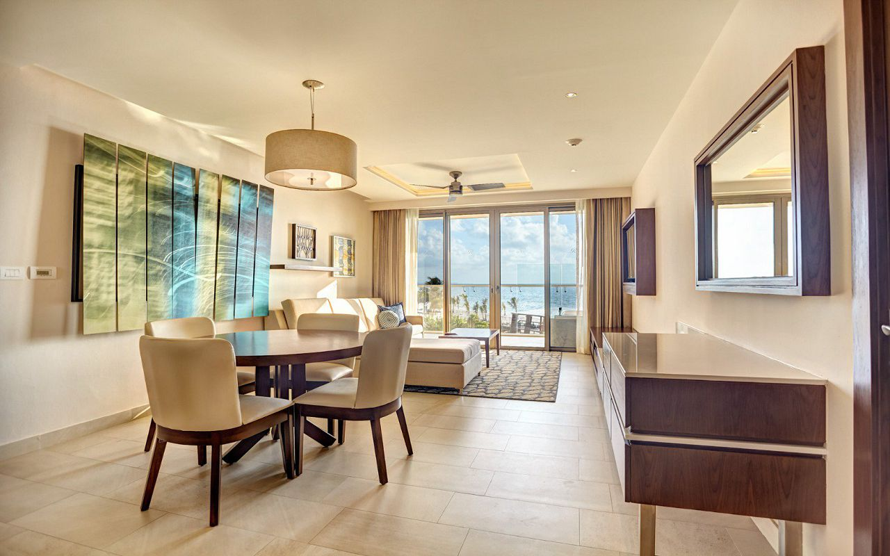 royalton_riviera_cancun_luxury_presidential_one_bedroom_suite_swim_out__(5)