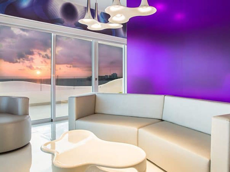 temptation-oceanfront-master-suite-living-room-thumb-700x453